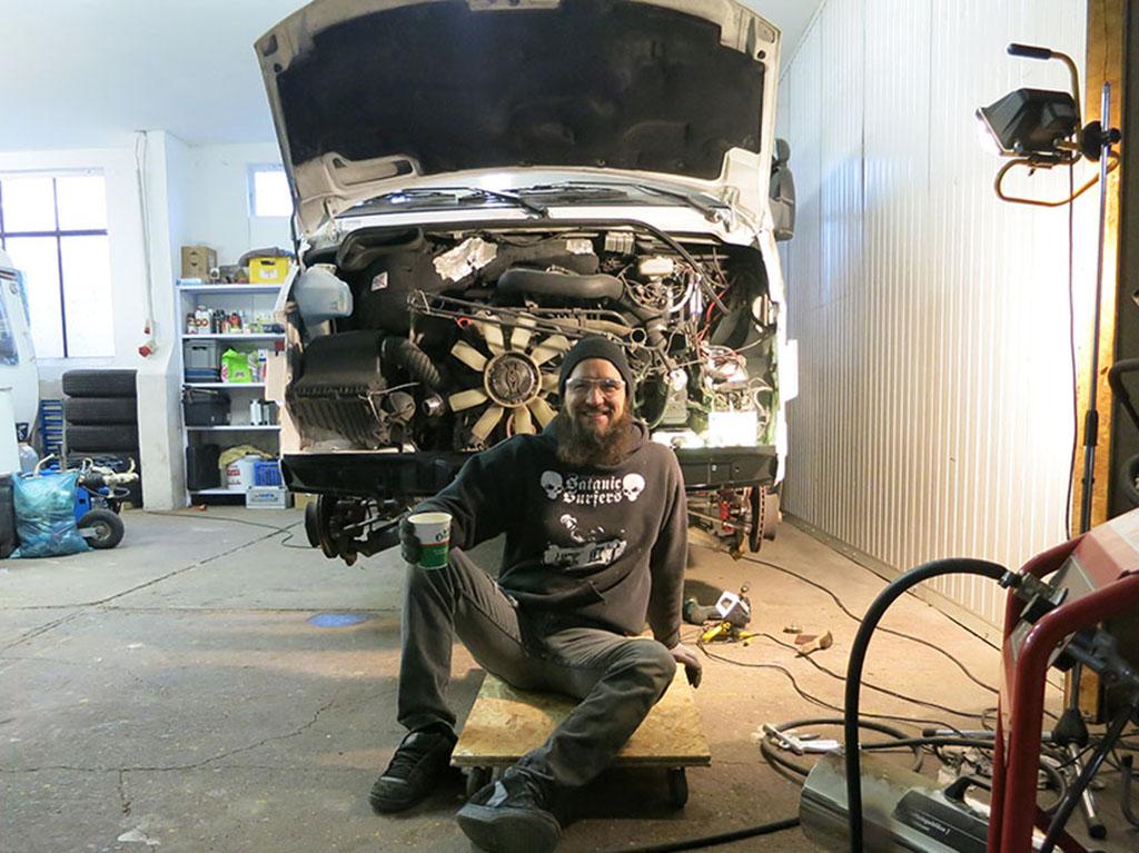 Rostsanierung Sprinter – Front End – Caplan\'s Garage